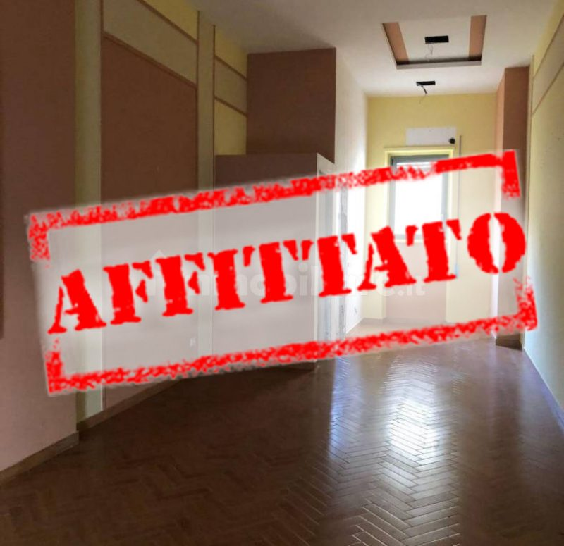 Locale commerciale in Affitto1aff